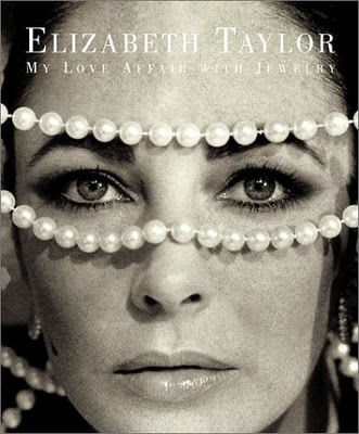 STAR STYLE: Elizabeth Taylor: The end of an era.