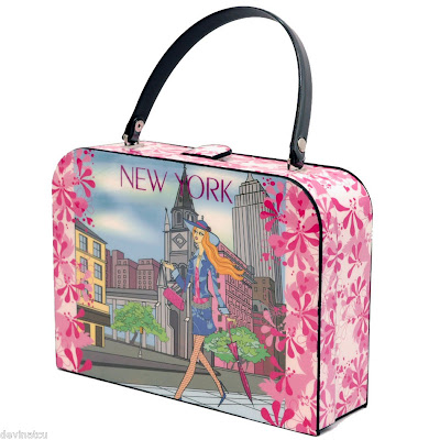 LUST HAVES: New York, New York bag