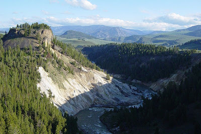 PLACES I WANT TO GO: Yellowstone National Park