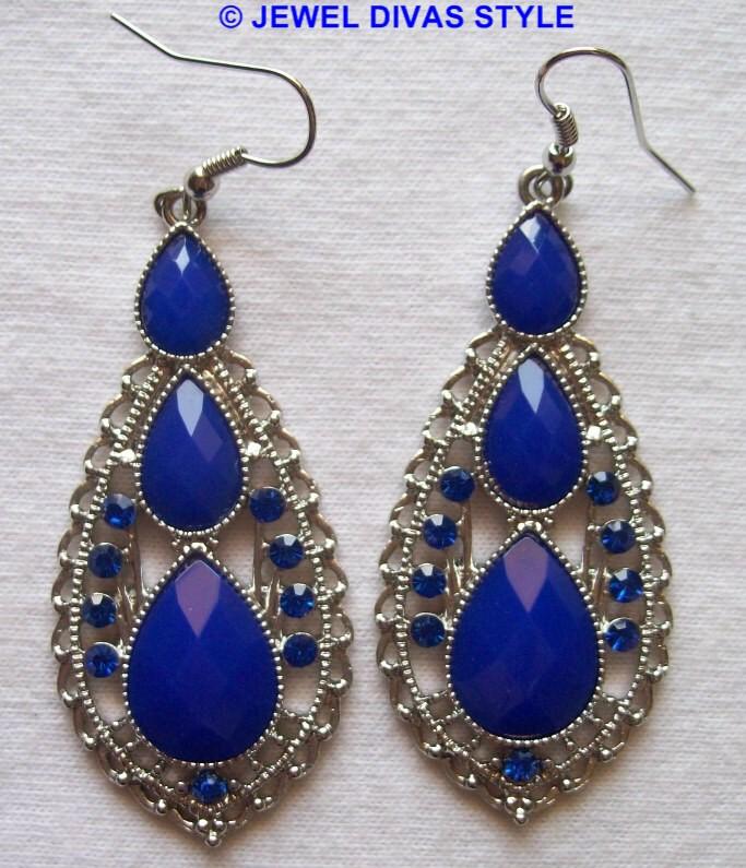 Lovisa blue earrings