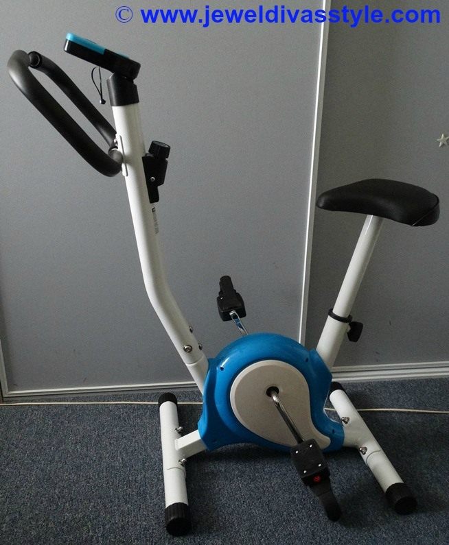 JDS HEALTH & BEAUTY EXERCISE BIKE