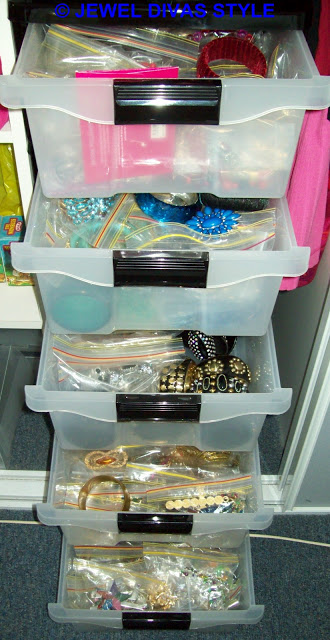 My Personal Collection: Jewellery Shelves!