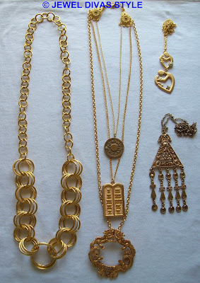 NECKLACES+-+O2+EBAY+-+3IN1+2.65+EBAY+MADE+-+MUM+.60+EBAY+-+TRIANGLE+2+DIVA